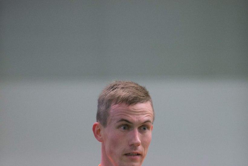Kes on väravas EM-valikmängus Šveitsiga – Sergei Pareiko või Mihkel Aksalu?