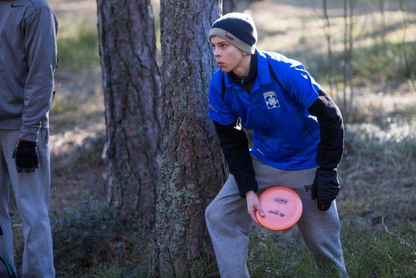 GALERII: Eesti talvised meistrivõistlused disc-golfis