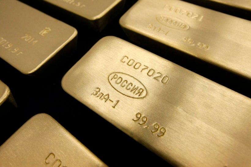 Vastuoluline kullahind: dollariomanikud kaotavad, euroomanikud võidavad
