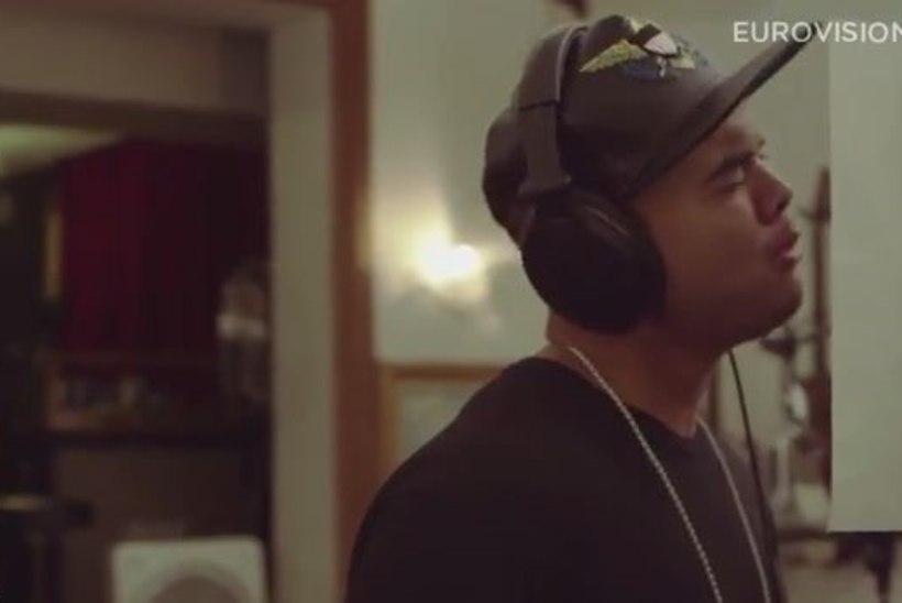 "VAATA:  Austraalia euroloo video - Guy Sebastian ""Tonight Again"""