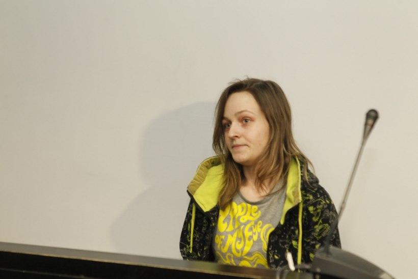 GALERII: pisitüdrukut peksnud ema sai kolmeaastase vanglakaristuse, kuid vabaneb täna vanglast
