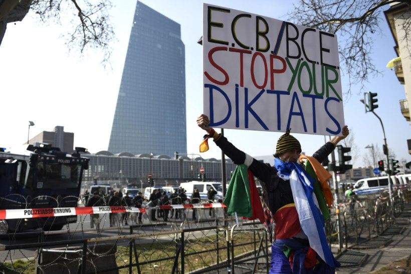 Euroopa Keskpanga uue hoone avamisega kaasnesid suured rahutused