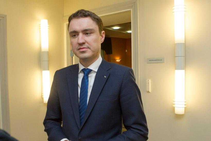 Rõivas jagab ministrikohti: Reform saaks seitse ministrikohta, sotsid ja IRL kumbki neli
