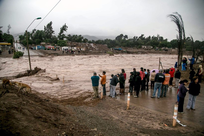 FOTOD: Tšiilis Atacama kõrbes tekkisid ootamatud üleujutused