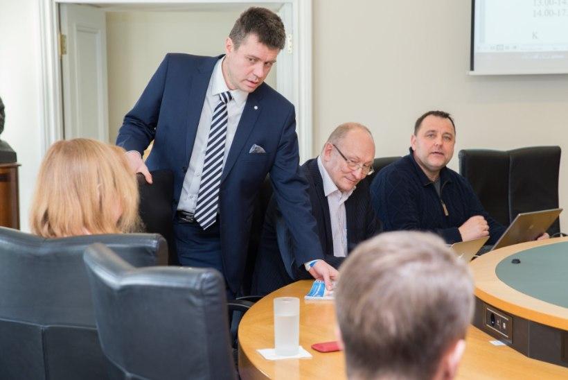 Koalitsiooniläbirääkimistel ei sündinud kolmikliitu ka eile