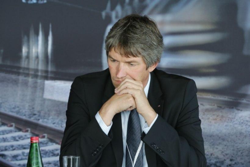 Ettevõtte kütusekaarti isiklikuks tarbeks kasutanud Eesti Raudtee juht astus tagasi