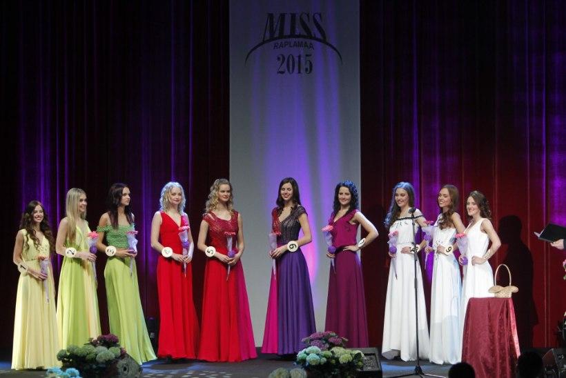 SUUR GALERII: kaunid neiud, napid bikiinid ja ilusad kleidid Miss Raplamaa valimisel!