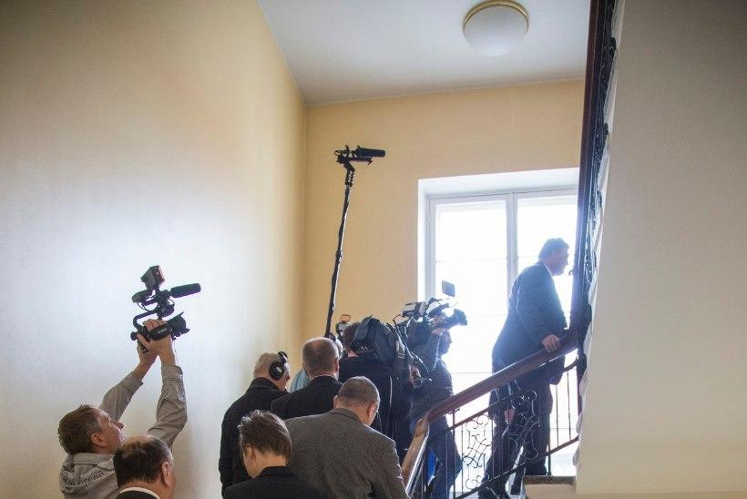 RAHVASAADIKUTE ESIMENE VÄLJAKUTSE: kuidas Toompea lossis orienteeruda