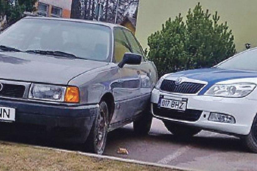 Politseinik unustas käsipiduri peale panna ja põhjustas avarii