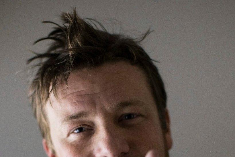 TELEKOKKADE SÕDA. Jamie Oliver:  Gordon Ramsay kadestab mind kokaraamatute pärast!