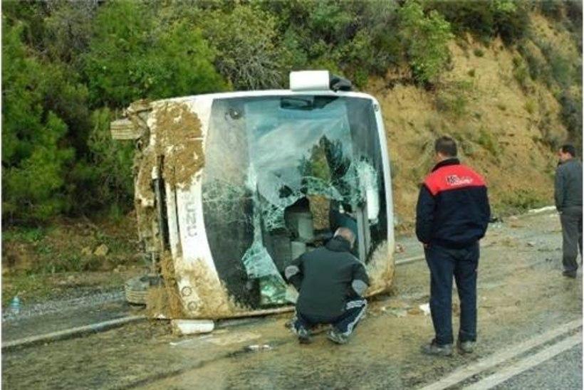 Käis kõva pauk, siis jäi kõik vaikseks... Kaks naist jäid bussi alla, üks neist hukkus