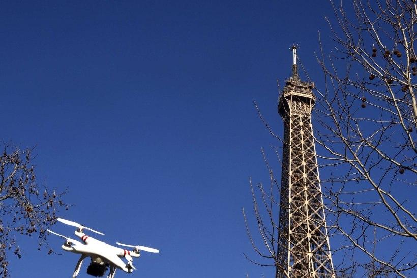 Pariisi kohal tiirutavad jälle tundmatud droonid