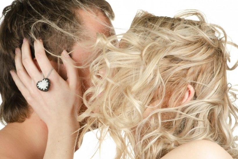 Viis põhjust, miks suudlemine on tervisele kasulik