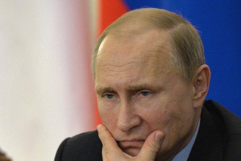 Opositsioon: Nemtsovi mõrva jäljed viivad Kadõrovi kabinetti