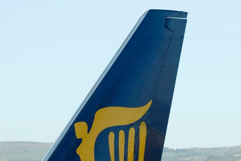 Dublini lennuväljal põrkasid kokku kaks Ryanairi lennukit