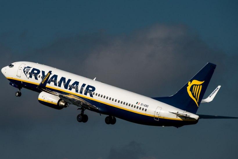 SÜÜDISTUS: Ryanairi piloodid lubasid naisreisijaid lendurikabiini