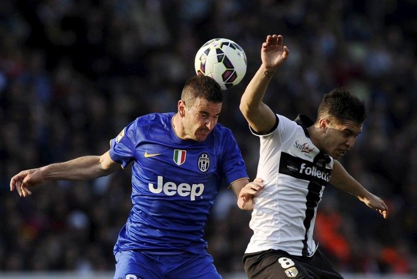 GALERII: Serie A punane latern lõpetas Torino Juventuse imelise seeria
