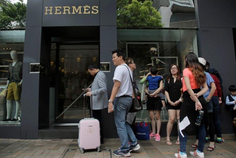 Hiina piirab oma elanikele Hongkongi külastamist
