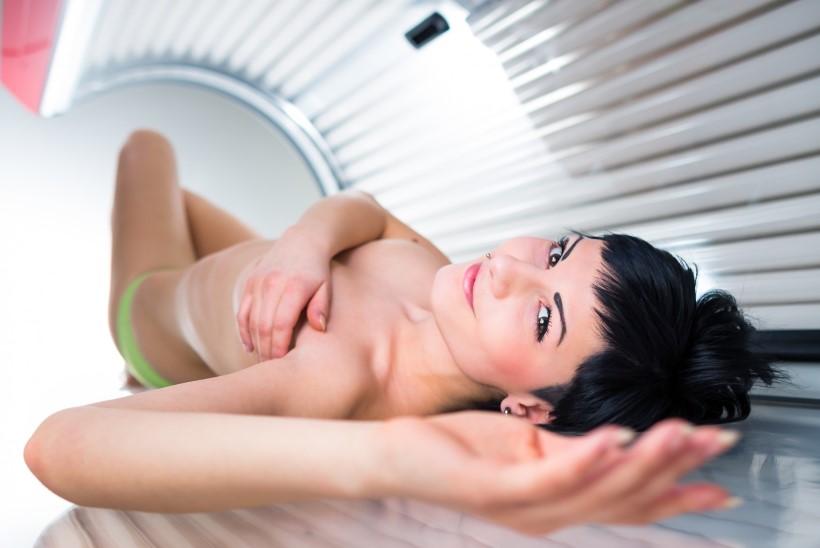 Tohohhh! Solaariumist võib lisaks nahavähile saada ka herpesviiruse