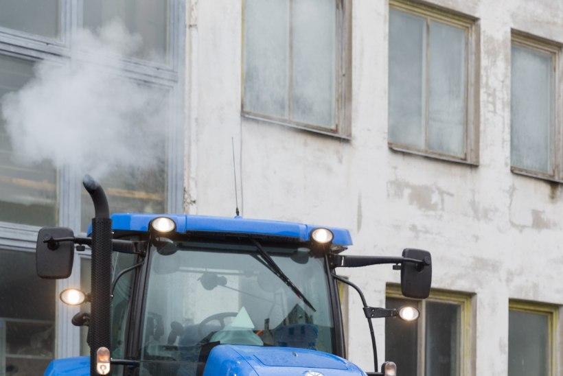 """ÕBLUKE NEIU OTSIB TÖÖD: """"Traktorid on mul nagu armukesed. Nad rahustavad mind!"""""""
