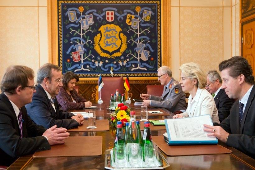 Ilves Saksamaa kaitseministrile: tänases julgeolekuseisus on vajalik NATO püsiv kohalolek Balti riikides