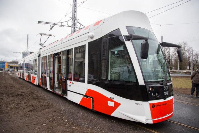 Küsimus | Miks uus tramm undab?