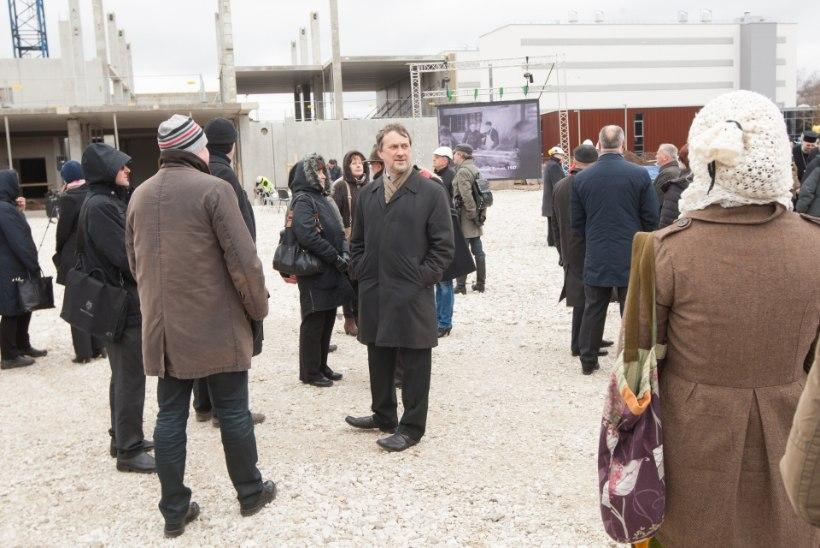 GALERII: rahvusarhiivi uus peahoone Noora sai nurgakivi