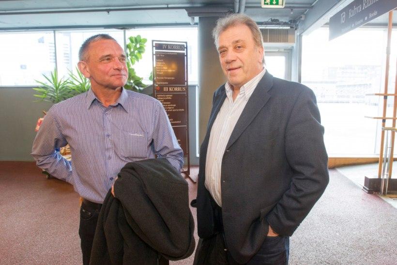 """GALERII: Paavo Kangur esitles raamatut """"Jaak Joala: Ka unustuse jõel aeg kord silla loob"""""""