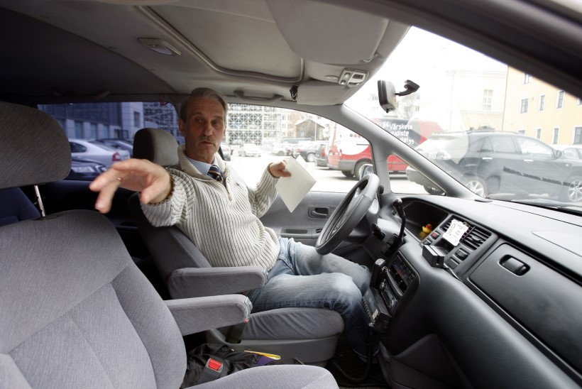 Taksojuhtide liidu juht nõuab kohtus linnalt hüvitist