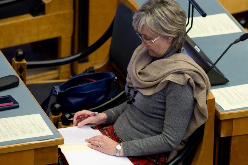 Kas Marianne Mikko ei tahtnud riigikogus Mark Soosaare kõrval istuda?