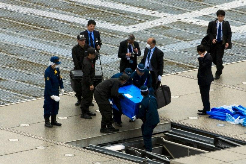 Jaapani peaministri residentsi katusele maandus tundmatut ainet transportiv droon