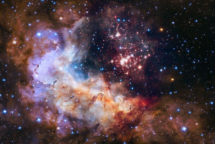 IMELINE SÜNNIPÄEVAFOTO: Hubble pildistas kosmilist ilutulestikku