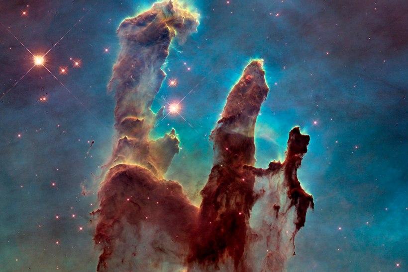 VEERANDSAJAND VAPUSTAVAID FOTOSID JA TEADUSLIKKE AVASTUSI: kosmoseteleskoop Hubble saab 25aastaseks