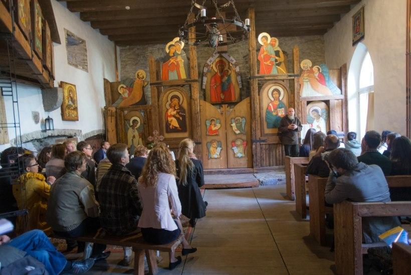 Ukraina sõda viib Eesti õigeusklikud Ukraina kirikusse