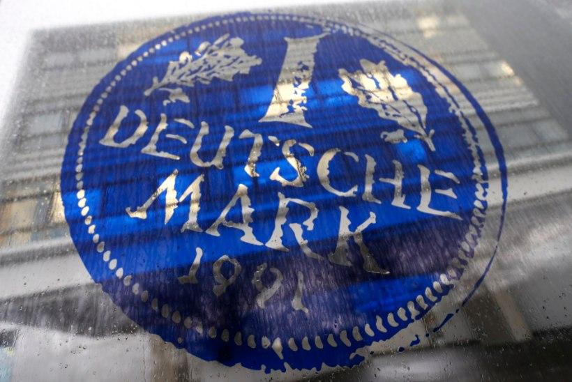 PIKK MÄLU: ligi pooled sakslased arvutavad jätkuvalt hindu markadesse