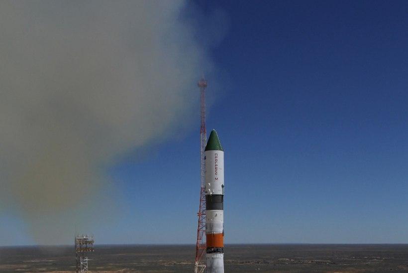 Vene kosmoselaev kukub Maale