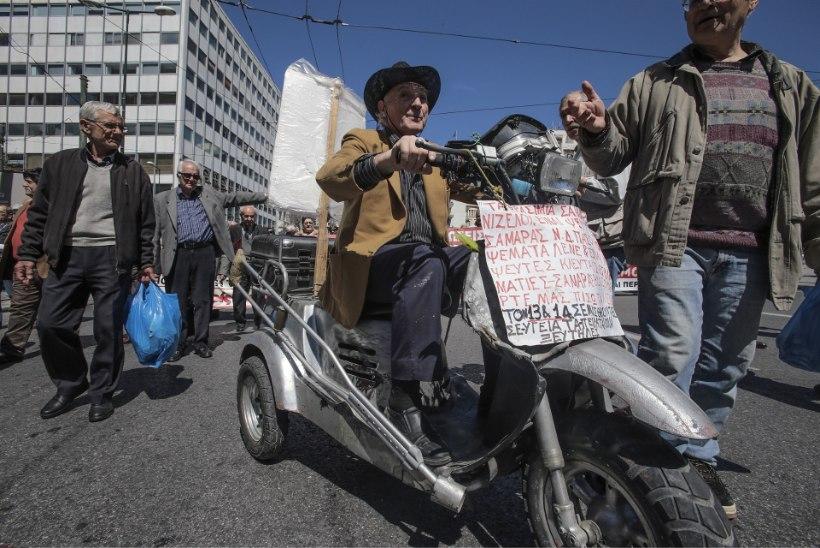 Reuters: Kreeka esindajad teatasid, et riigil saab raha järgmisel nädalal otsa