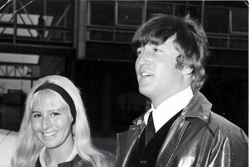 """""""John ei pühendanud mulle ainsatki laulu. See tundus talle imal."""""""