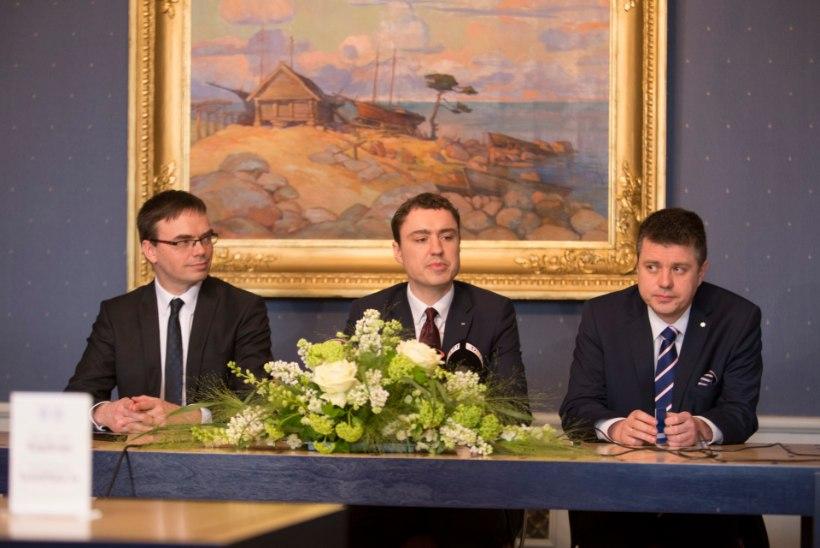 Reformierakond, IRL ja sotsid leppisid ministrikohtade jaotuses kokku