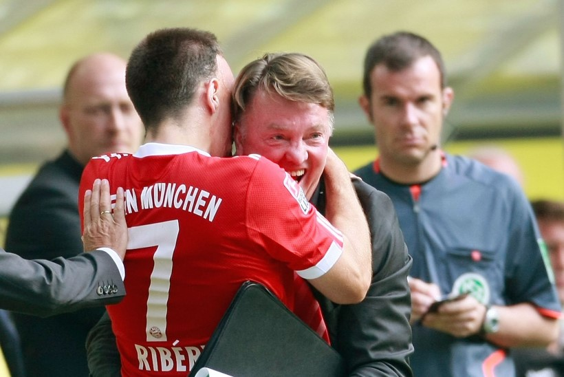 Bayerni superstaar kirus endist treenerit Louis van Gaali