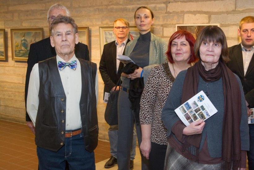 GALERII: Perekond Peek avas kunstnikust vanaisa mälestusnäituse