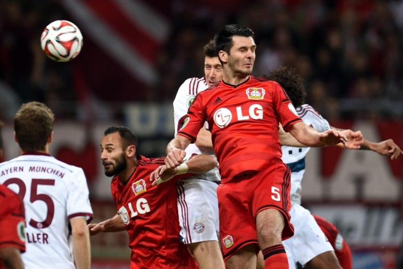 Bayeri kaitsja Spahic kakles pärast kaotust Bayernile turvameestega