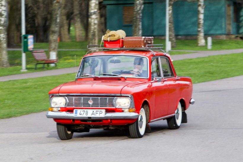 GALERII: USA- ja hobiautode hooaja avamine Tallinna Lauluväljakul