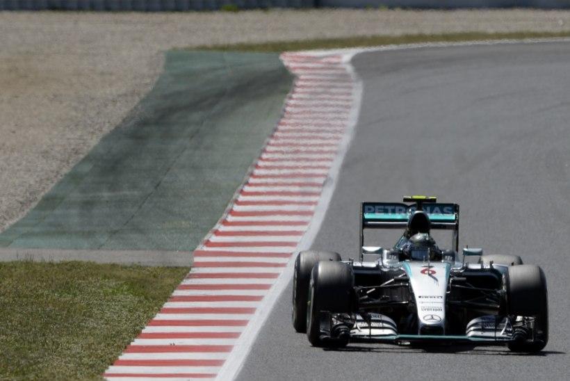 NII SEE JUHTUS | Mercedesed võtsid Barcelonas hooaja kolmanda kaksikvõidu