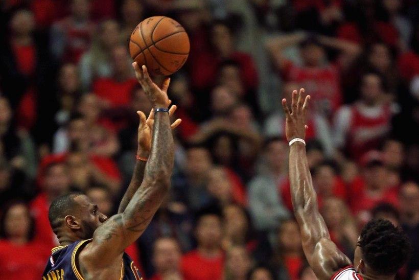 LeBron James purustas Chicago lootused ja Houston, meil on probleem