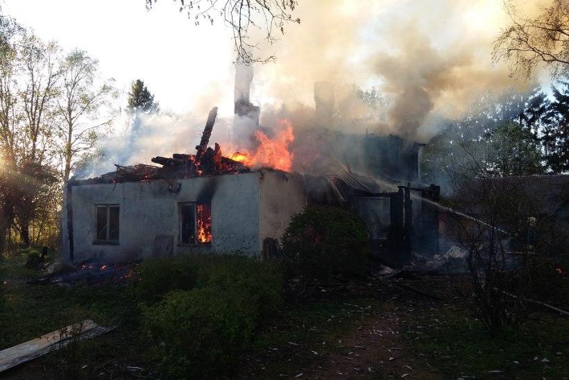 FOTOD | Tartumaal hukkus elumaja tulekahjus vanem naine