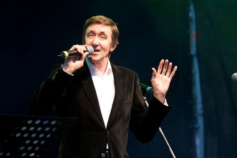 Boris Lehtlaan: Head lauljad surevad järjest. Kurvaks teeb aga see, et nad surevad ka raadioeetris