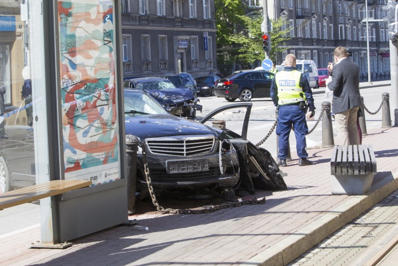 Tallinnas eile juhtunud avarii tõttu on jätkuvalt haiglas kaheksa inimest, neist neli intensiivis