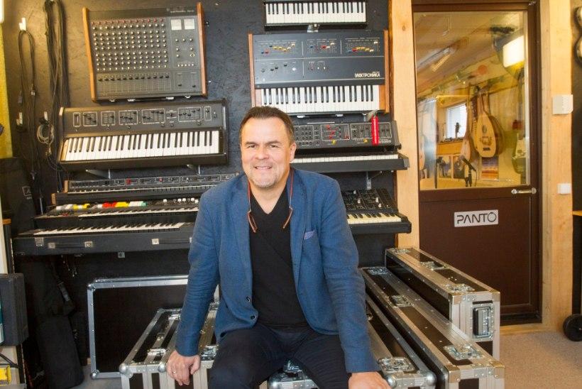 Erik Sakkov ajab kokku kõiki Pantokraatori klahvpille: koos on 25 instrumenti, puudu veel vaid üks