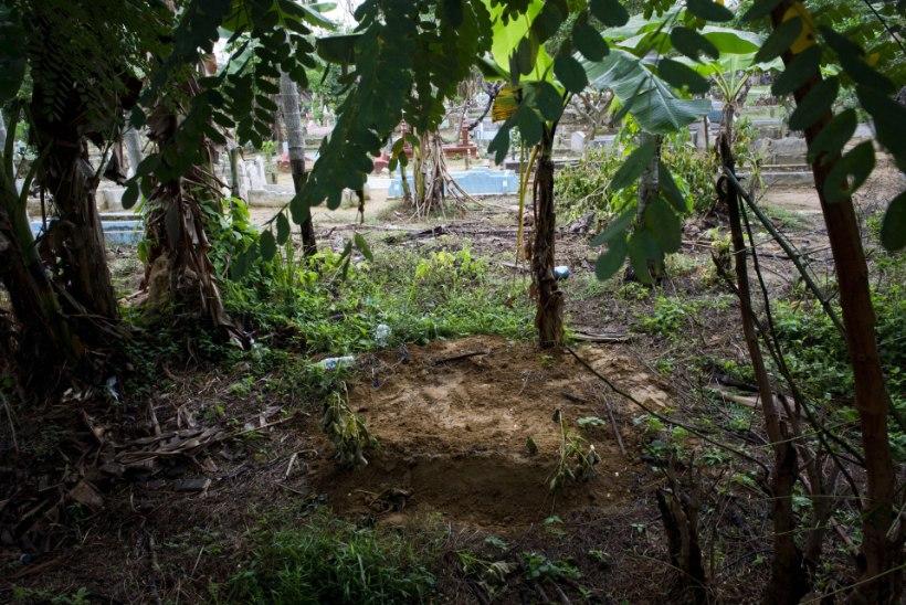 Malaisias leiti ligi 140 inimkaubanduse ohvrite hauda
